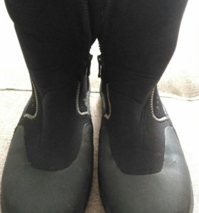 Неопреновые ботинки для занятий парусных спортом