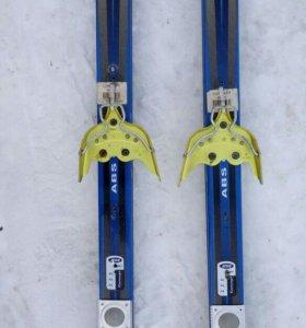 Продам лыжи взрослые