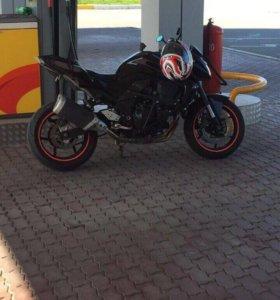 Мотоцикл кавасаки Z750R