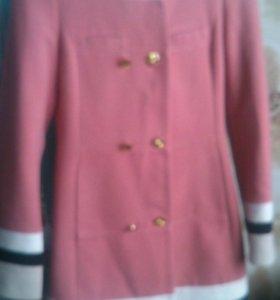 Стильное модное пальто