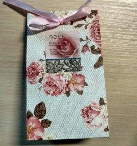 Соль для ванны с ароматом розы подарочная
