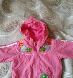 Розовый костюм на девочку