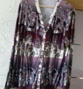 Блуза р. 52-54 200 рублей