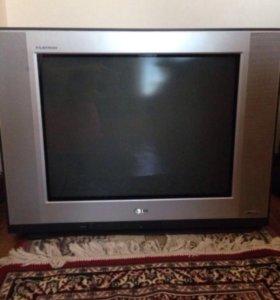 Телевизор старого образца LG