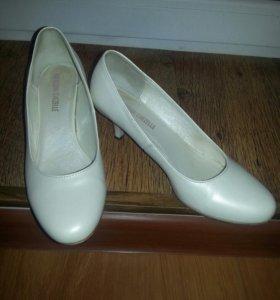 Свадебные туфли 37,5