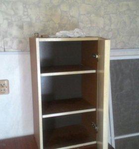 Одностворчатый кухонный шкаф