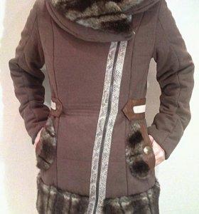 Пальто зимнее (зелёное) женское