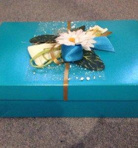 Подарочная коробка 27*17,5*9