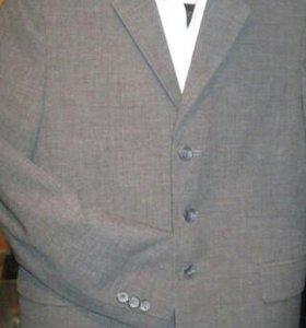 Пиджак школьный на подростка.