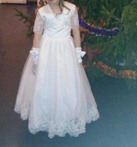 Платье на возрост 7-9 лет