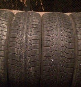 Шины зимние Michelin 235 55 18