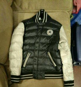 Продаю куртку Converse