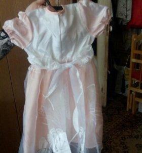 Платье девочкам