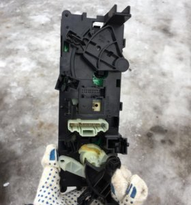 Блок управления климатической установки пежо 207