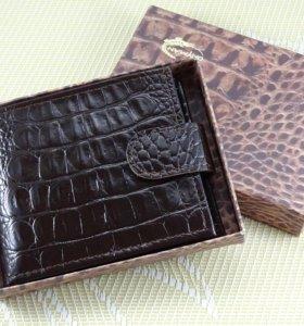 Мужское Портмоне (бумажник) из кожи