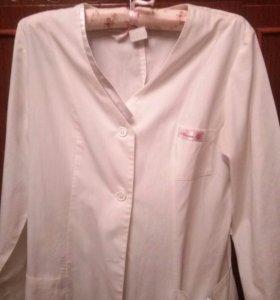 Медицинский халат срочно продам