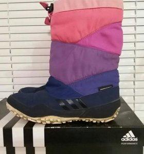 Сапожки утепл.на девочку adidas оригинал р.32