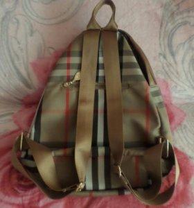 Женский рюкзак Burberry