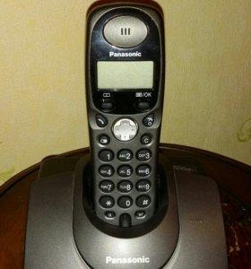 Телефон Panasonic KX-TG1105