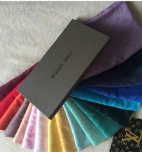 Платки Louis Vuitton, Burberry