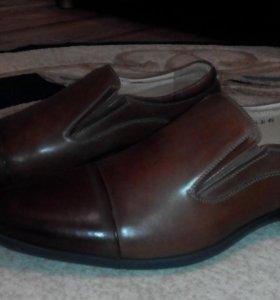 Мужские туфли Roberto Paulo (48-49 р)