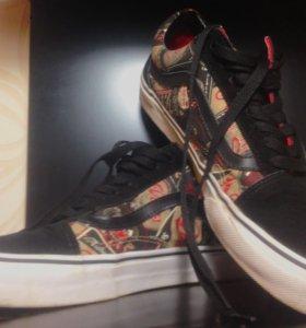 Vans Old Skool Black/Gold