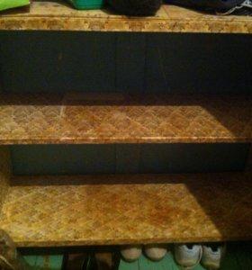 Шкаф и полка