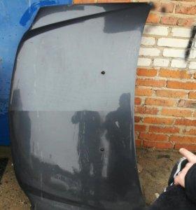 Темный капот на рено логан авторазбор