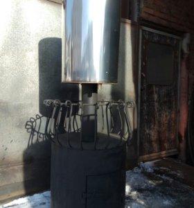 Банная печь с баком на трубе.