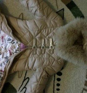 Зимняя куртка с мехом.