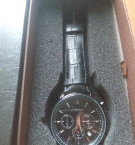Часы на подарок с Хронографом