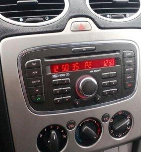 Форд фокус 2. 2010 год