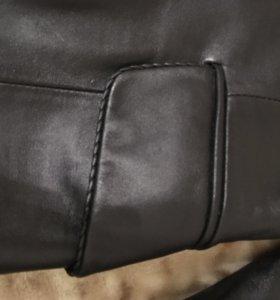 Женский кожаный пиджак-куртка