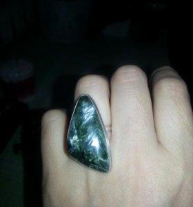 Кольцо клинохлор