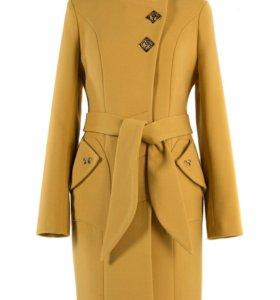 Пальто женское демисезонное с поясом