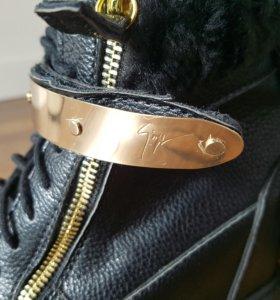 Новые осенние ботинки Zannoti