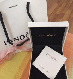 Браслет с шармами Pandora