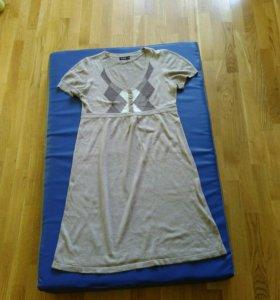 Платье теплое для беременных и кормящих мам
