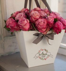 (Композиция #16) розы в шляпных коробках