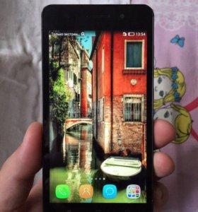 Смартфон Huawei Honor 4c 8 ГБ черный