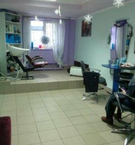 Рабочее место парикмахера.