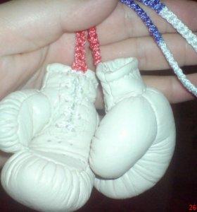Боксерские перчатки,советские,сувенирные.