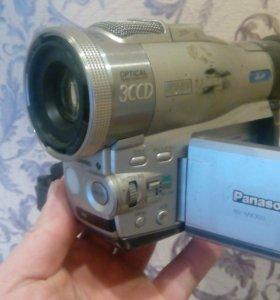Видеокамера Панасоник NV-MX 300