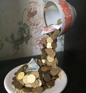 Водопад из монет
