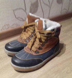Ботинки осение размер 34