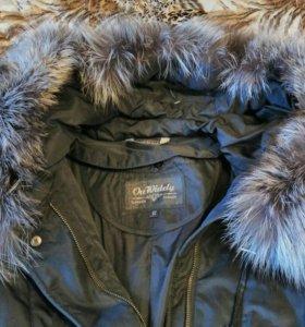 Пальто 60-62 размера с кроличьей подстежкой.