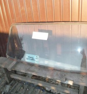Заднее стекло от ВАЗ 2101