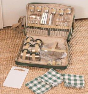 Набор для пикника - посуда и сумка-холодильник