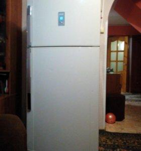 Холодильник Sharp SJ642N-BE