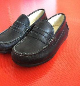 Обувь детская. Мокасины кожаные